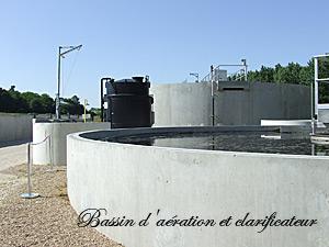 Bassin d'aération et clarificateur